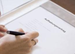 Aufhebungsvertrag-und-Kuendigungsfrist