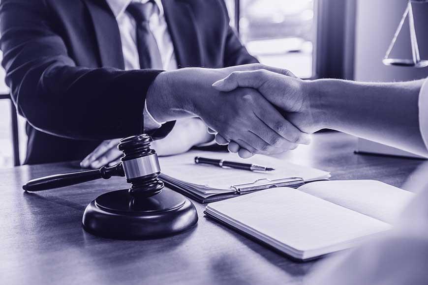 Erstberatung-vereinbaren-Rechtsanwalt-fuer-Arbeitsrecht-Dr-Drees