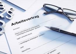 Kündigung befristeter Arbeitsvertrag: nur selten möglich